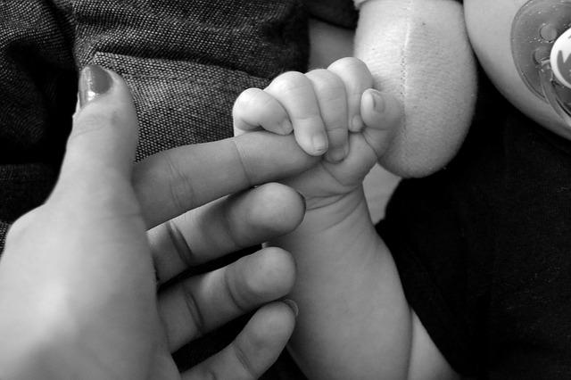 ručička novorozence