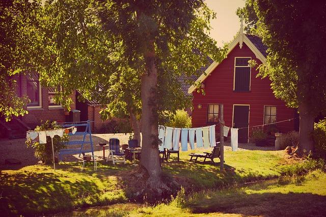 prádlo před domem